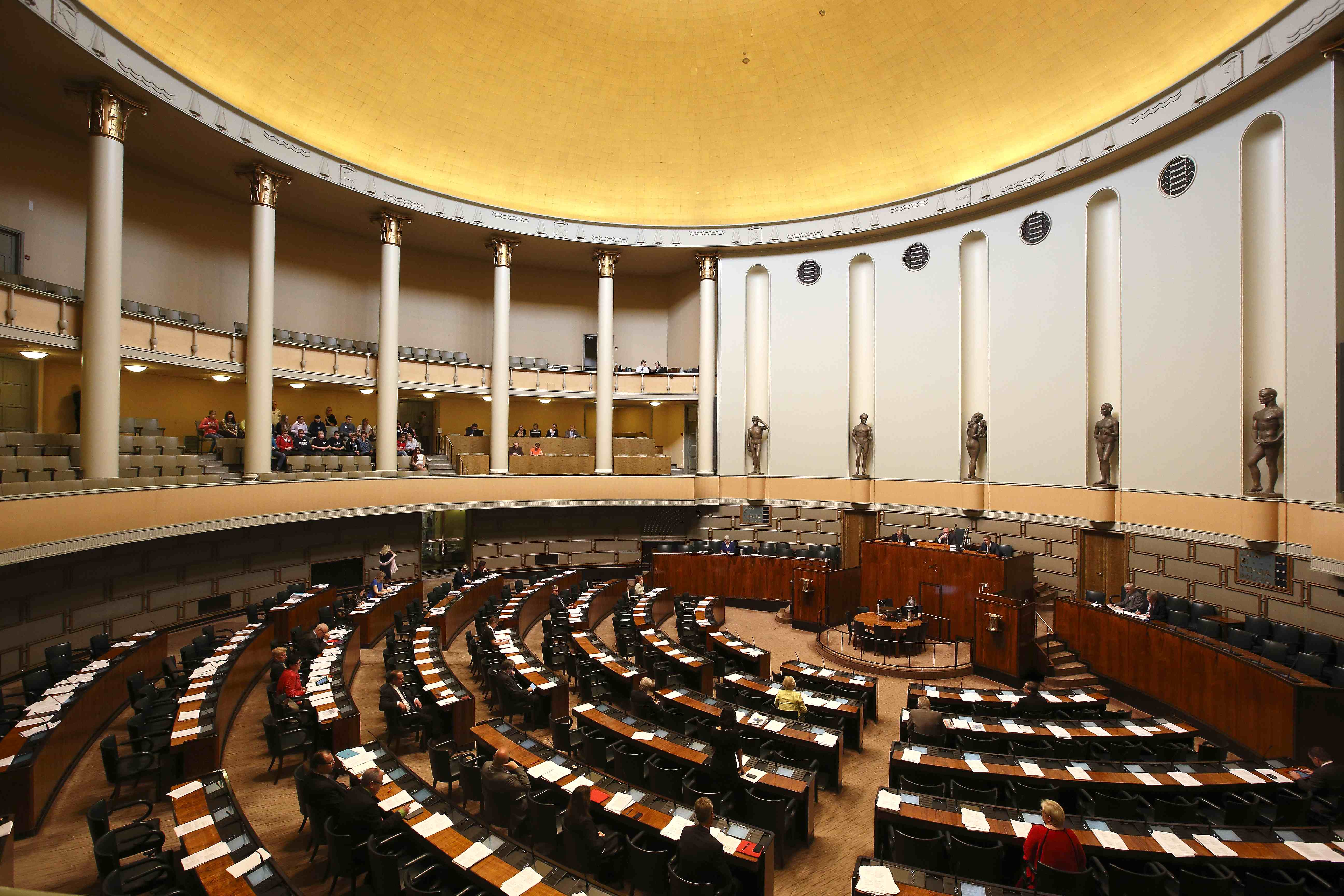 An Elaborate Rubber Stamp? The Impact of Parliament on Legislation