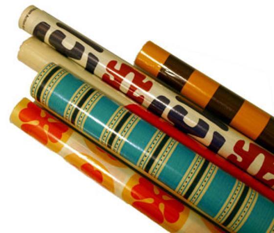 Lahjapaperia 1970-luvulta.