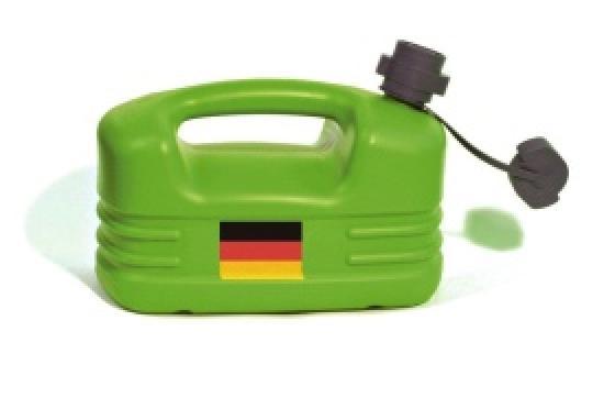 Kuvassa on vihreä kanisteri, jonka kyljessä on Saksan lippu.