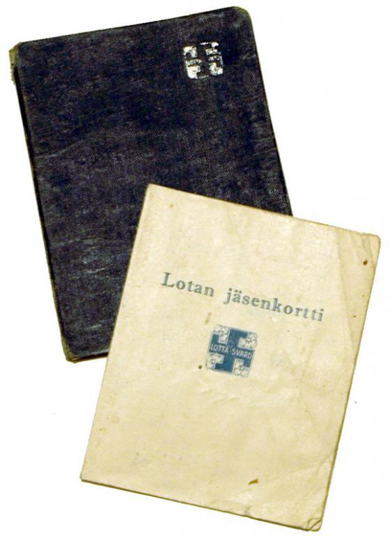 Lotta-järjestön jäsenkirja