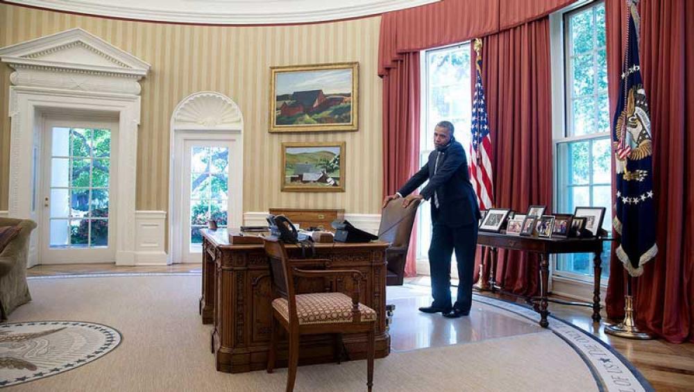 Barack Obama työhuoneessaan