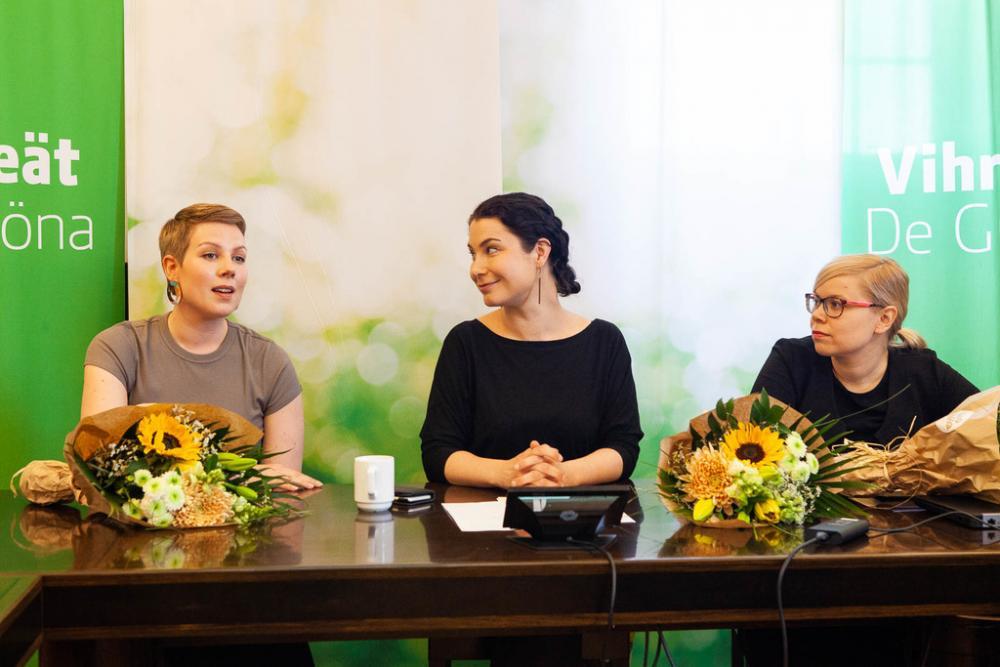Jenni Pitko, Emma Kari ja Saara Hyrkkö