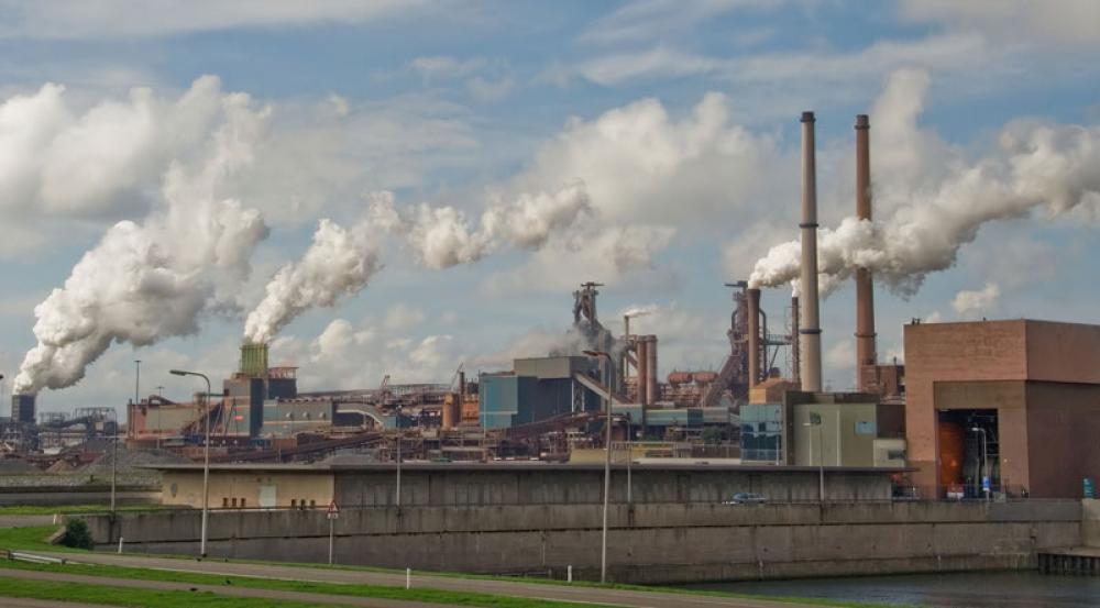 Teollisuutta Hollannissa