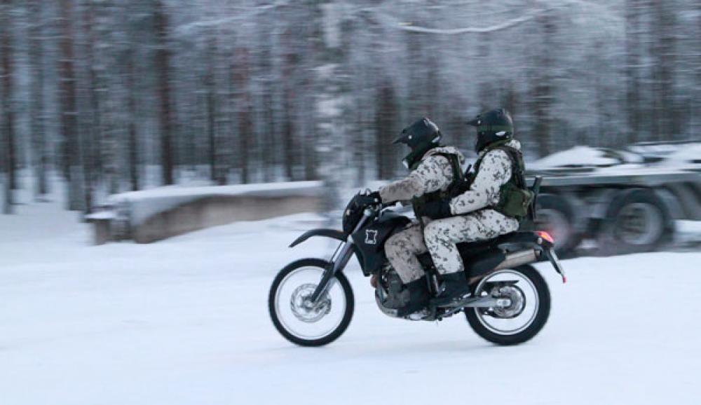 Armeijan moottoripyörä.