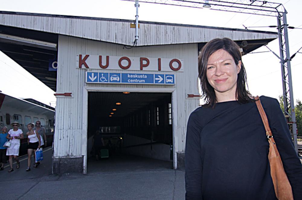 Perillä. Anni Sinnemäki saapui kokouskaupunkiin perjantaina.