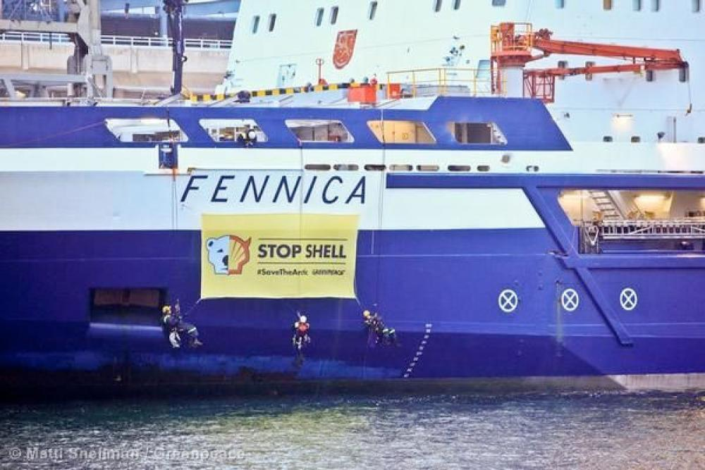 Greenpeacen mielenilmaus Fennicalla.