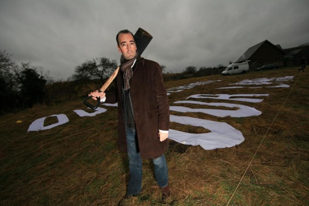 Alastair McGowan pellolla.