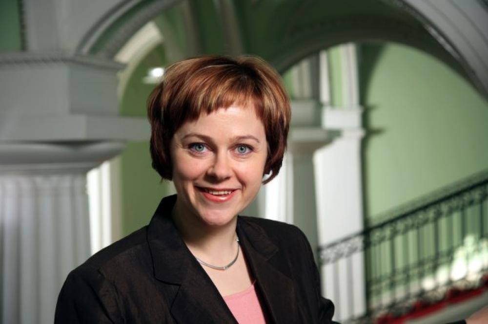 Ympäristöministeri Paula Lehtomäki.