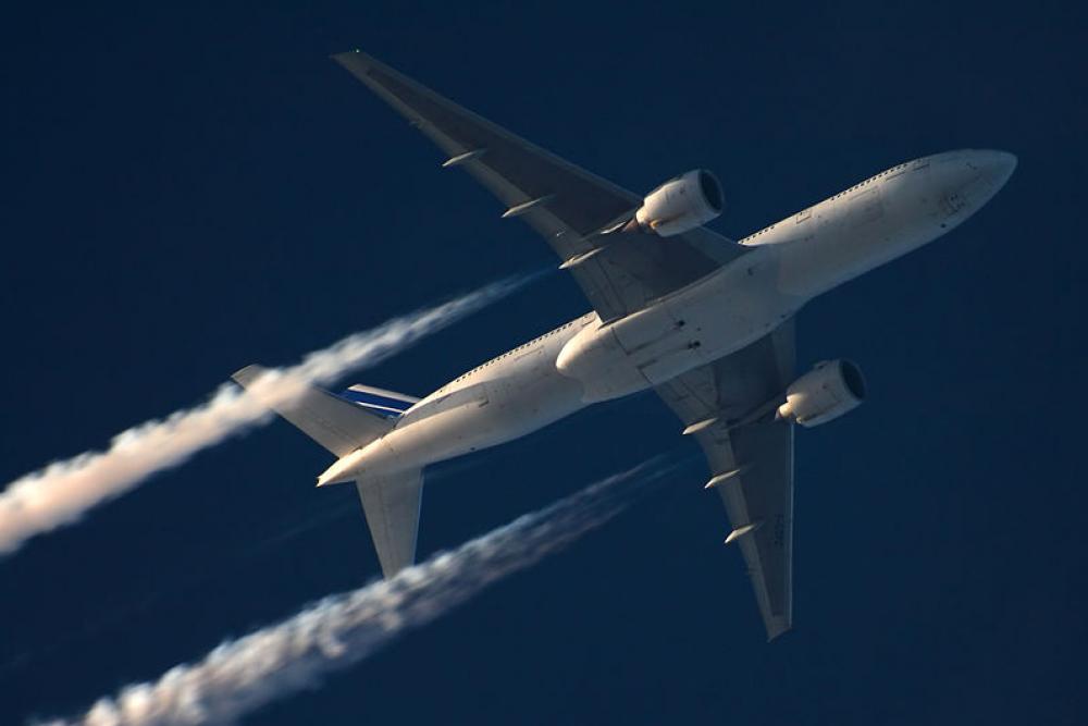 Lentopäästöjä.
