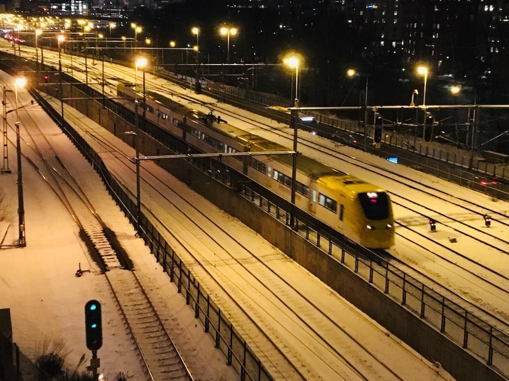 Juna Tukholman illassa