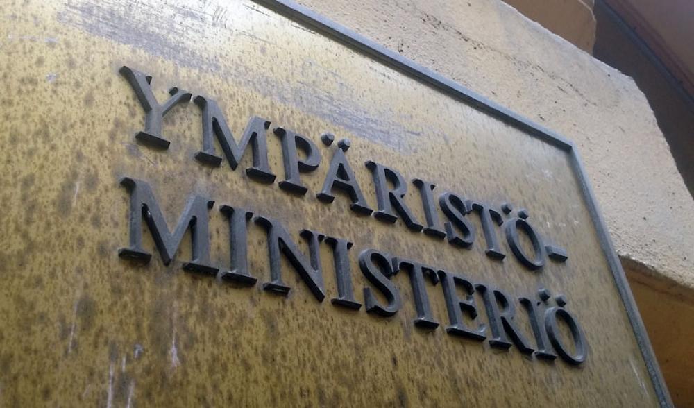 Ympäristöministeriön seinäkyltti